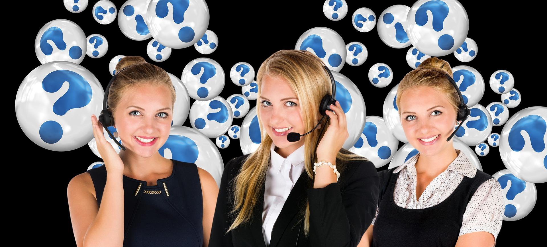 Três Mulheres que trabalham em call center com Pabx virtual.